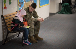 soldiers-read-to-school-students-5-jan-2017_3o